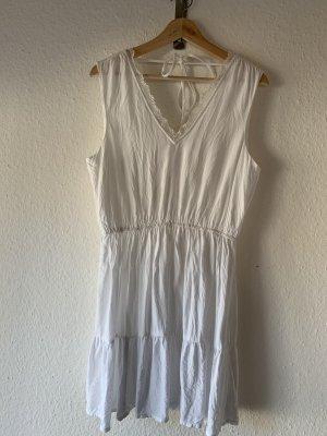 Vero Moda Stufenkleid weiß mit Spitze Casual