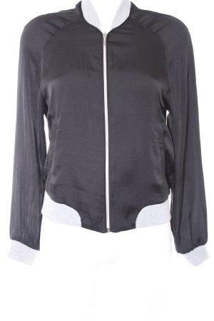 Vero Moda Übergangsjacke schwarz-grau Street-Fashion-Look