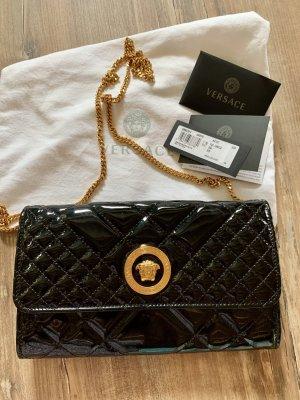 Versace Gesteppte Medusa Abendtasche aus Lackleder