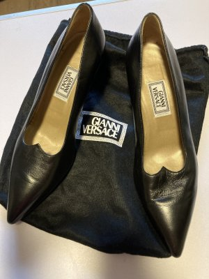 Versace Pointed Toe Pumps black