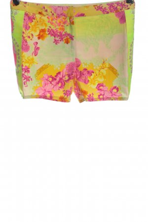 Versace Shorts abstract pattern casual look