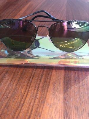 Verspiegelte Brille in Lilla grün von Marionaud mit braun versuegeltem Gestell