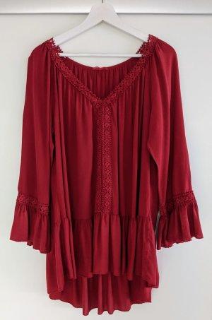 Verspielte Bluse in rot ~ von Größe 36 bis 44 zu tragen
