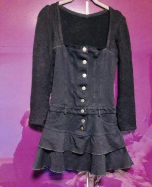 Verspieltes Kleid in Denim und Strick von Amnesia