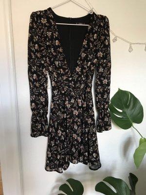 Verspieltes Kleid mit floralem Print