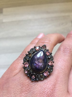 Statement ring donkerpaars-roze