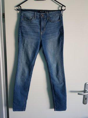 Verwaschene Hollister High-Rise Super Skinny Jeans