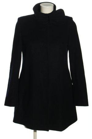 very simple Short Coat black casual look
