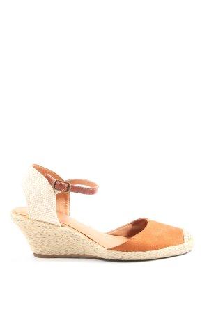 Via Mia Alpargatas naranja claro-crema look casual