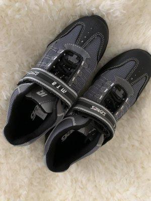 Vibram Fahrrad Schuhe