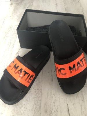 Vic Matie Sandalo alto con plateau nero-arancione Pelle