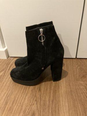 Vic Matie Platform Booties black leather