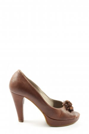 vic Peeptoe Pumps