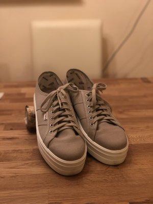 Victoria Plateau-Sneaker, Größe 40