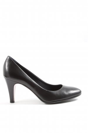 Victoria Wood High-Front Pumps black business style