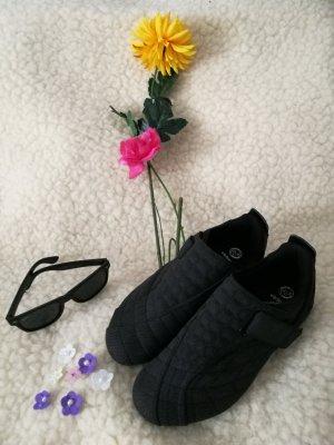 Victory Schuhe schwarz Turnschuhe Halbschuhe Sneaker Slipper mit Klettverschluss 38