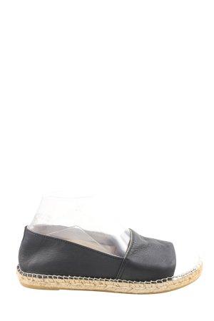 Vidorreta Alpargatas negro-blanco look casual