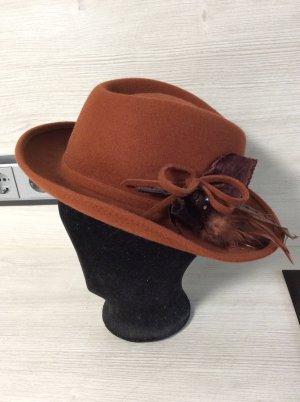 Chapeau en laine rouille