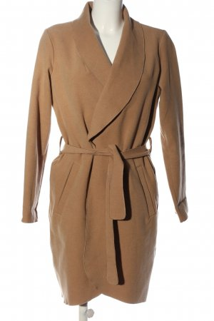 Vila Clothes Cappotto lungo fino a terra color carne stile professionale