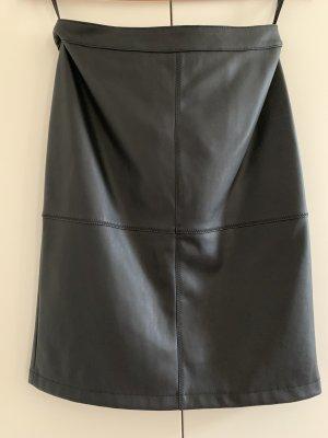 Vila Clothes Falda de cuero negro