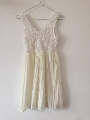 Vila Kleid mit Plisseerock und Spitzenoberteil creme weiß XS