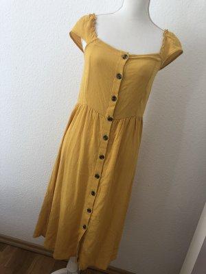Vila Kleid mit Rüschenträger und Knopfleiste Größe 36 S