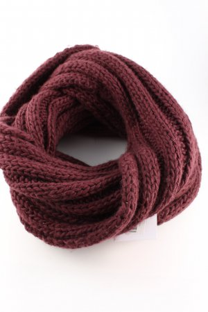 Vila Tube Scarf red cable stitch casual look