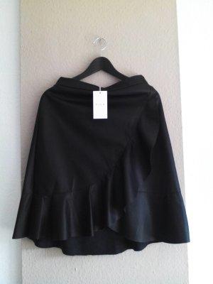 Vila Skaterrock mit Volant in schwarz, Kunstleder-Optik, Größe 36, neu