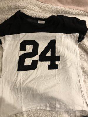 """Vila Tshirt """"24"""""""