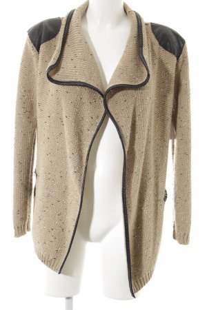 Vince Otto Strickweste beige Street-Fashion-Look