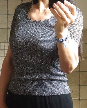 Vintage 1960iger Jahre, edles Lurex Top / Pulli, silber/schwarz, Ripp, Glitzer, sehr dehnbar, schöne Netzärmel, Häkelärmel, gehäkelte Spitze, elegant, edel, figurbetont, Boho, Noa, Sixties, neuwertig, wie neu, Gr. S/M, Gr. 36/38