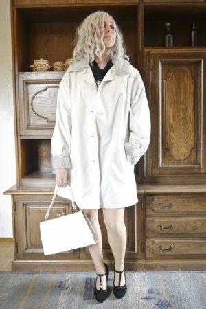 True Vintage Manteau en fausse fourrure blanc-gris clair polyester