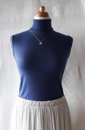 Top con colletto arrotolato blu scuro