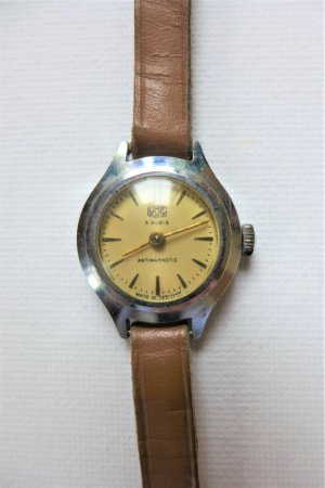 Vintage Horloge met lederen riempje veelkleurig