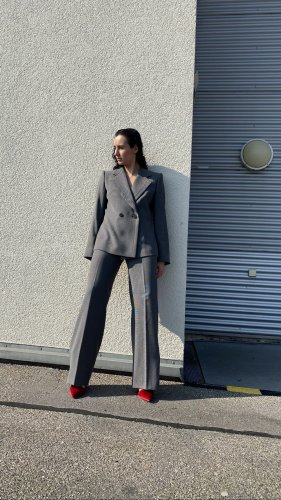 Armani Collezioni Tailleur-pantalon gris