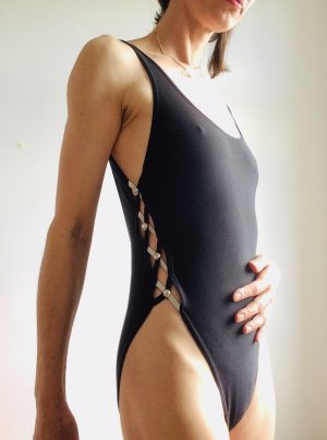 Vintage-Badeanzug mit super Cutouts