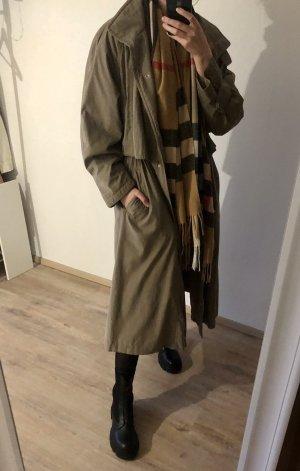 Vintage Bartson's Mantel
