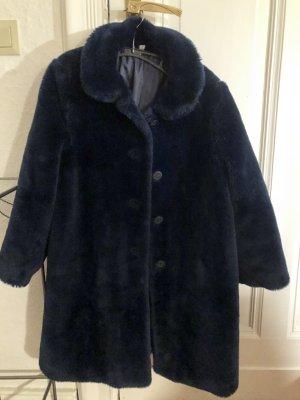 Manteau en fausse fourrure bleu foncé