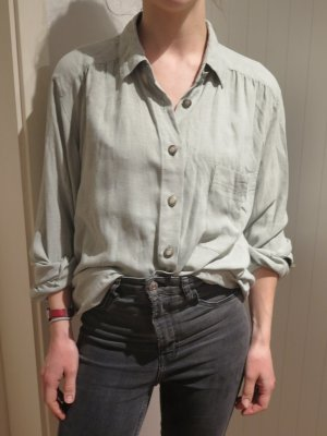 Oversized Blouse pale green