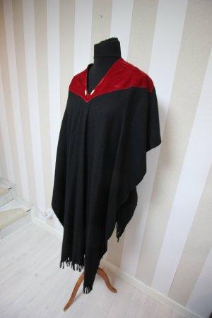 Cape black-red