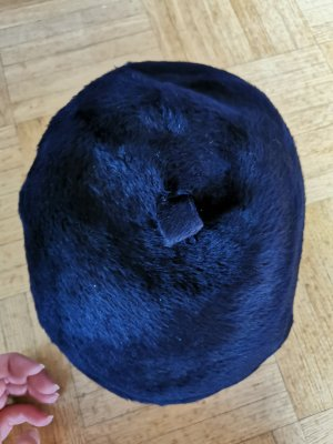 Cappello in tessuto blu scuro