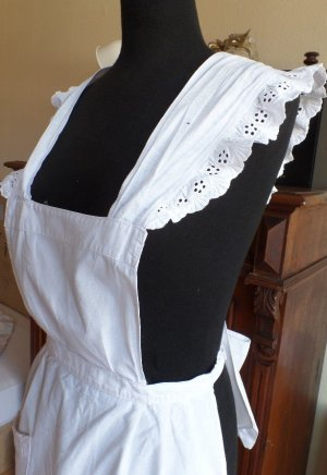 Traditional Apron white cotton