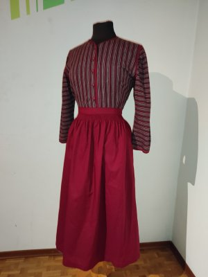 Wenger Dirndl dark red