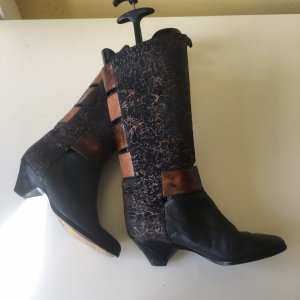 Vintage Echtleder Stiefel mit Cut Out Gr 37