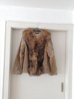 Angelia. L Veste de fourrure gris brun-marron clair