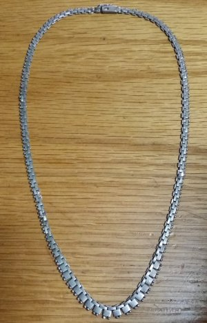 Vintage Silver Chain light grey metal