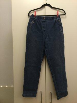 Vintage Jean mit süßer Bestückung :-)