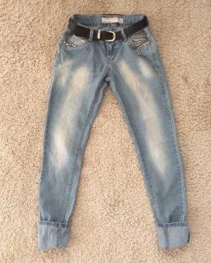 Jeansy biodrówki jasnoniebieski