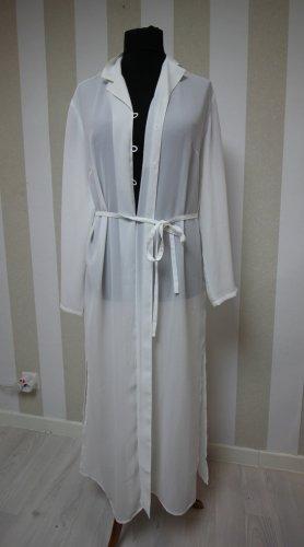 Długi płaszcz biały