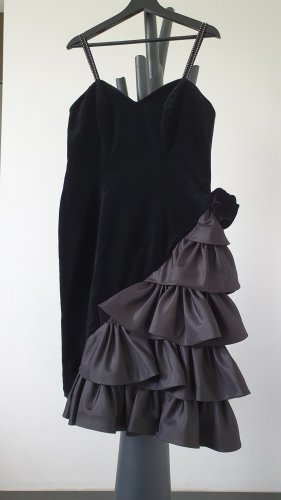 After Six Flounce Dress black